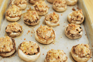 Sausage and Cheddar Stuffed Mushrooms