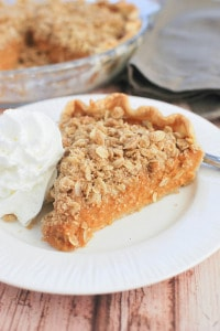 Streusel-Topped Sweet Potato Pie (with Whole Grain Oats)
