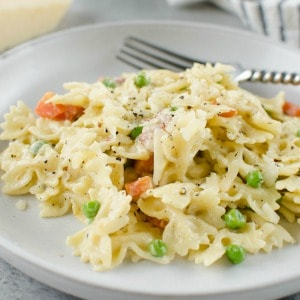 Parmesan Pasta with Bacon and Peas