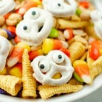 Ghostly Snack Mix